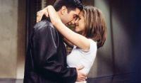 David Schwimmer, de Friends, nega rumores de romance com Jennifer Aniston