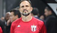 Novo técnico do Vitória, Wagner Lopes jogou a Copa de 1998 pelo Japão